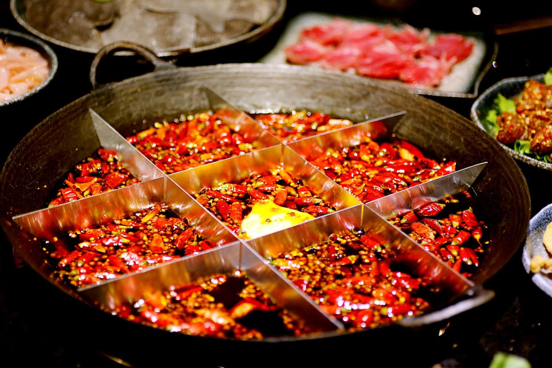 Nhìn các món ăn cay ở Trung Quốc này mới hiểu vì sao người Trung Quốc ăn cay giỏi đến vậy