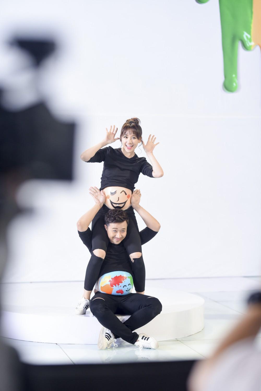 Trấn Thành - Hari Won: Mặc dù vợ chồng chúng em ngu nhưng không phải vô dụng - Ảnh 12.