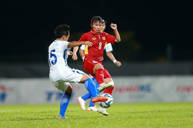 Nguyễn Thị Liễu: Vượt qua biến cố, trở thành người hùng của bóng đá Việt Nam - Ảnh 3.