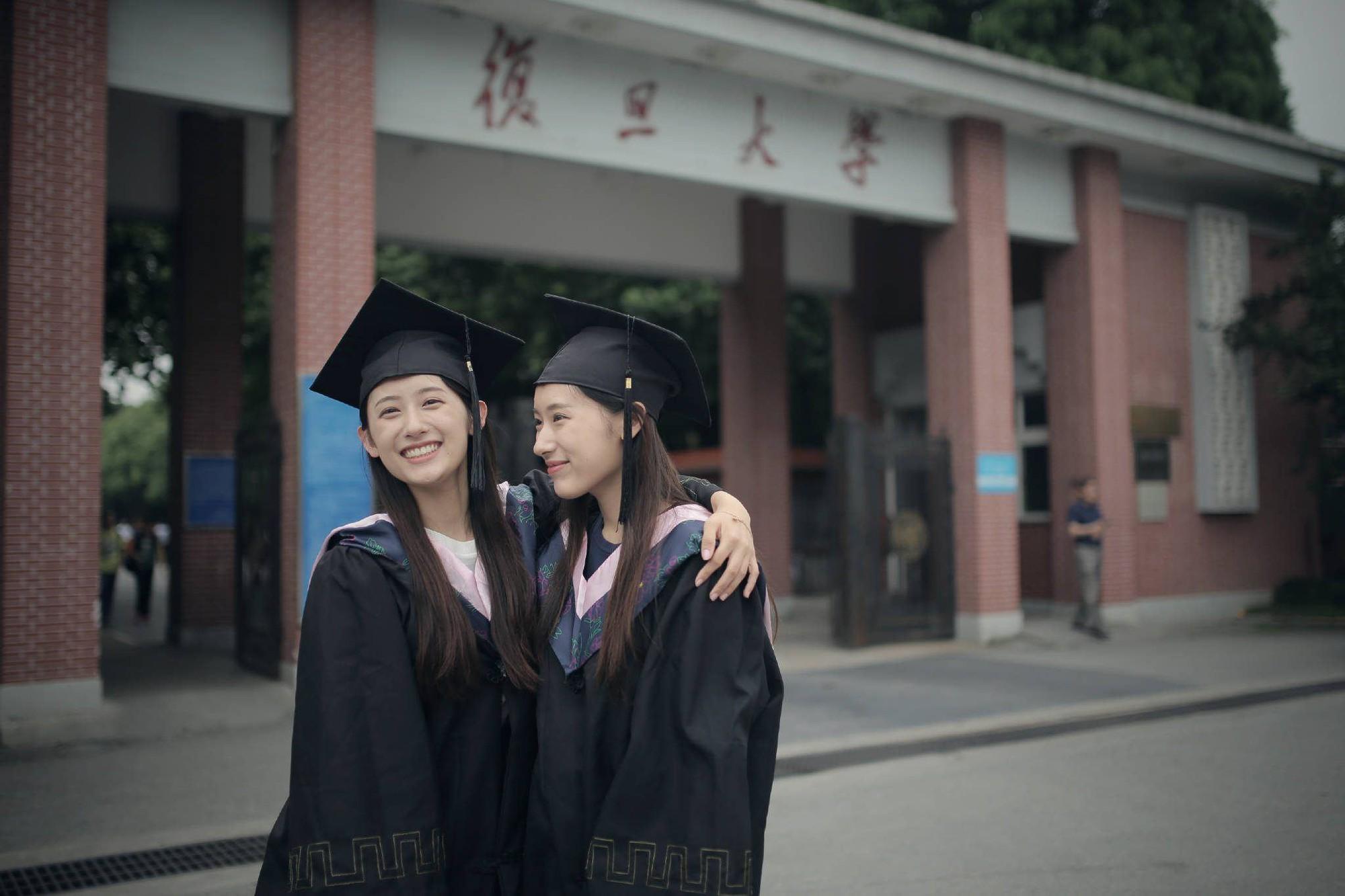 Xinh như hotgirl lại tốt nghiệp thạc sĩ Harvard chỉ trong 1 năm, cặp chị em sinh đôi này đang khiến hàng triệu người ngưỡng mộ - Ảnh 6.