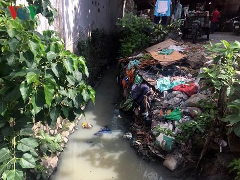 Sân bay Tân Sơn Nhất vẫn đứng trước nguy cơ ngập nước  - Ảnh 1.