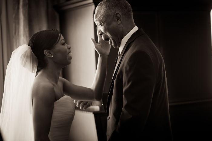 Những hình ảnh xúc động chứng minh rằng, người đàn ông hạnh phúc nhất trong ngày cưới chính là bố của cô dâu 4