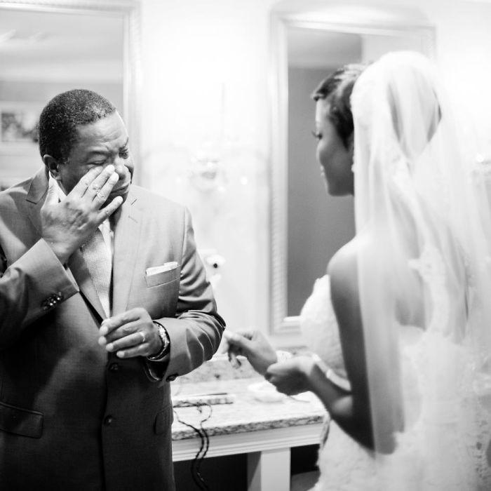 Những hình ảnh xúc động chứng minh rằng, người đàn ông hạnh phúc nhất trong ngày cưới chính là bố của cô dâu 17