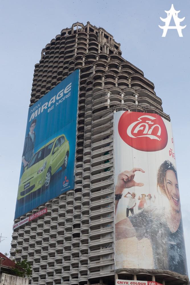 Sathorn Unique: Tòa nhà hoang kỳ bí đứng giữa Bangkok suốt 20 năm, một thời từng là niềm tự hào của cả đất nước - Ảnh 10.