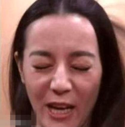 Dù là Phạm Băng Băng hay Địch Lệ Nhiệt Ba, ai cũng có những tấm ảnh chỉ muốn quên đi mãi mãi! - Ảnh 20.