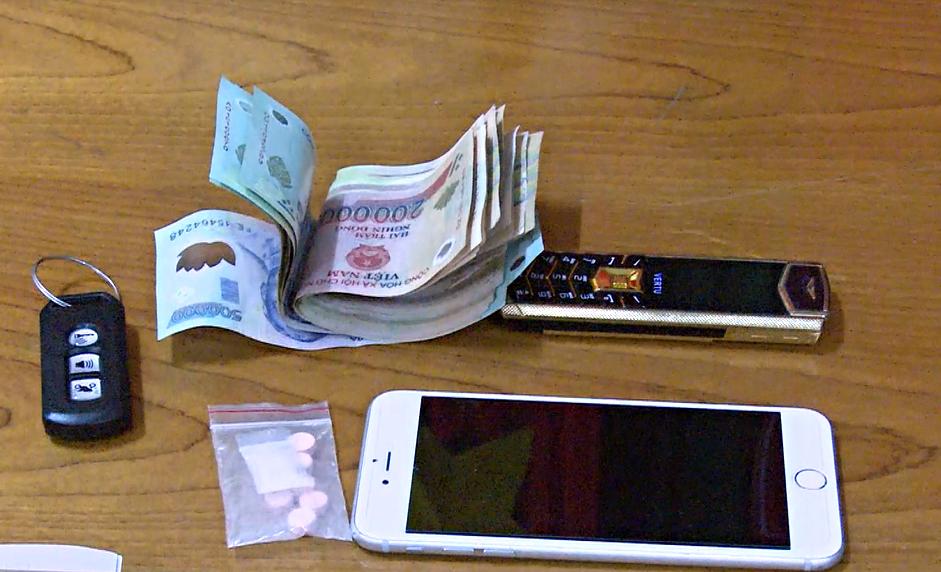 Bắt nam thanh niên 22 tuổi chuyên bán ma túy cho sinh viên ở Đà Nẵng - Ảnh 3.