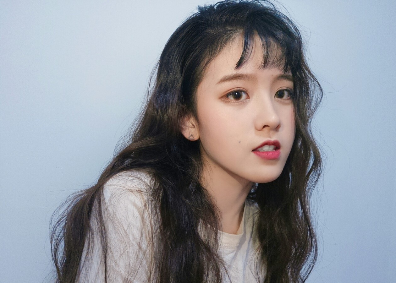 Nữ sinh 21 tuổi được mệnh danh IU phiên bản Trung khiến cả con trai lẫn con gái xin gia nhập fanclub - Ảnh 3.