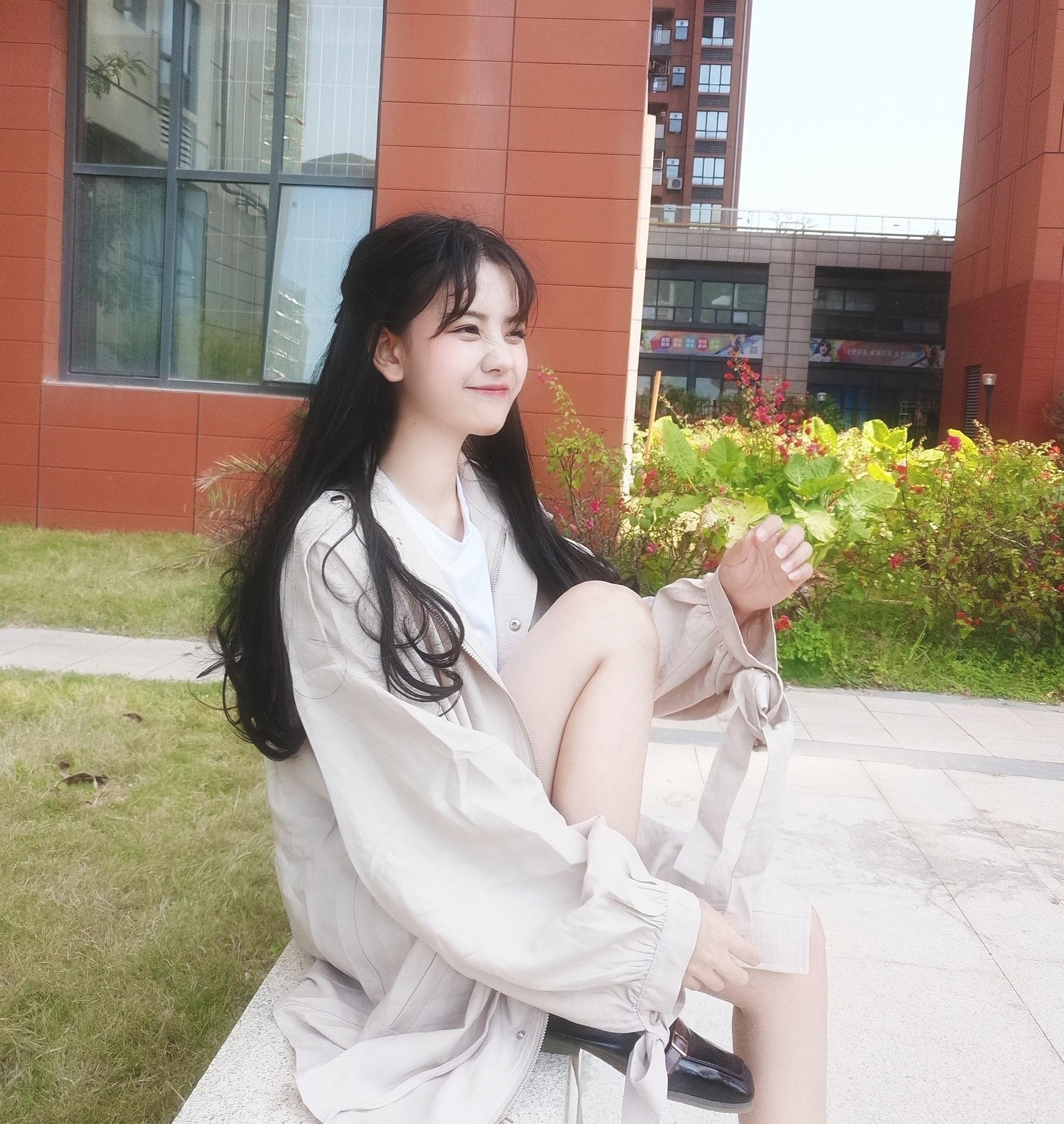 Nữ sinh 21 tuổi được mệnh danh IU phiên bản Trung khiến cả con trai lẫn con gái xin gia nhập fanclub - Ảnh 7.