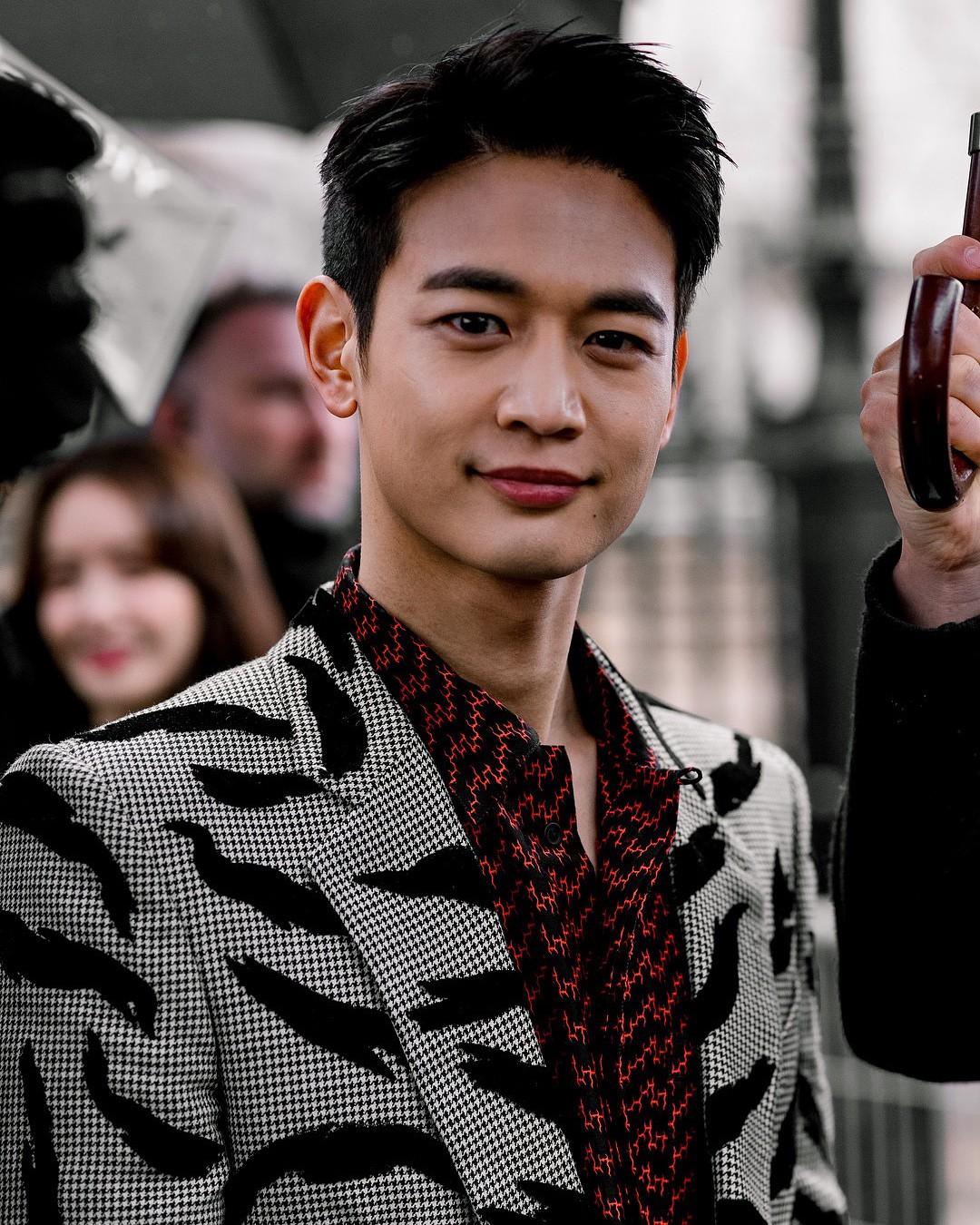 Khi siêu sao hạng A xứ Hàn dự sự kiện casino o viet nam: Người sang như ông hoàng bà hoàng, kẻ gặp sự cố nhạy cảm khó đỡ - Ảnh 25.