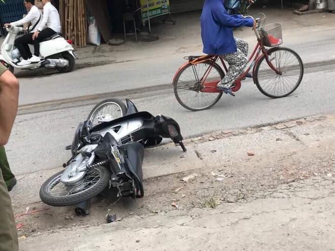 Hà Nội: Nam thanh niên tử vong thương tâm khi bị xe tải kéo lê dưới gầm gần 20 mét - Ảnh 2.