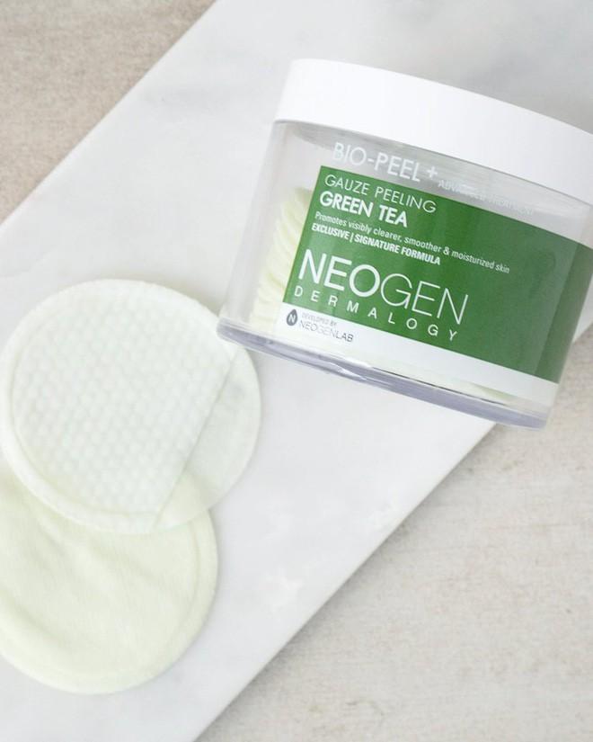Quy trình làm đẹp 5 bước của Hàn này sẽ giúp làn da ở tuổi 40 hạn chế nếp nhăn và chảy xệ - Ảnh 11.