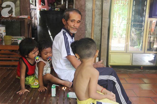 Bà ngoại đi bán vé số, ông ngoại già yếu vẫn bồng bế 5 đứa cháu khóc suốt vì khát sữa và đói ăn - Ảnh 6.