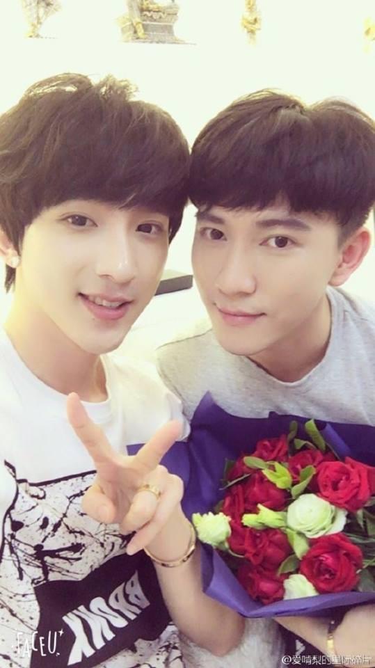 Quintus và Kenny: Cặp đôi đồng tính được ngưỡng mộ khắp châu Á đã chính thức kết hôn! - Ảnh 5.