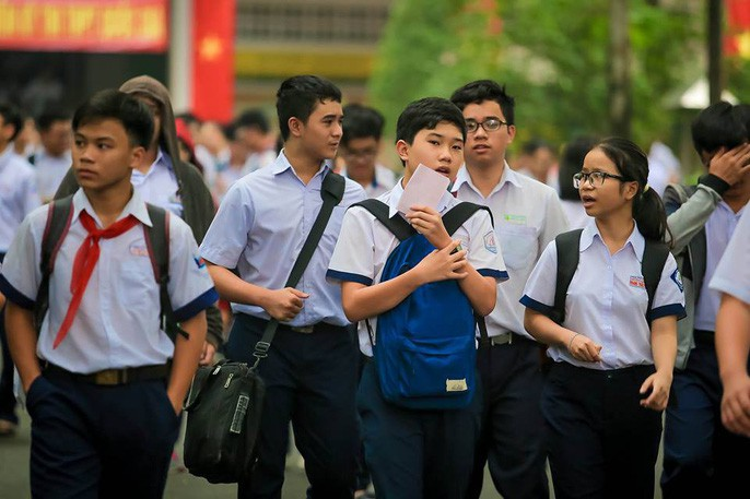Ngày đầu tiên tuyển sinh vào lớp 10 tại TP HCM: Hơn 500 thí sinh bỏ thi, không có trường hợp nào gian lận - Ảnh 1.