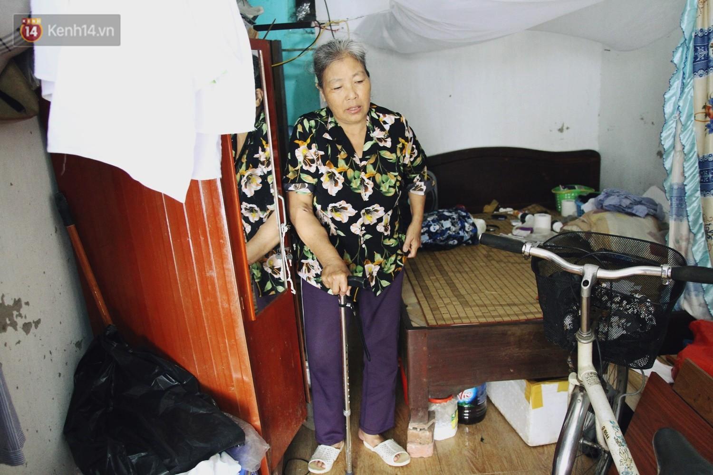 Cụ bà xa quê 11 năm, ở trọ Hà Nội để chạy thận và sống nhờ những vần thơ của chồng: Lấy người xấu trai, sau này người ta chiều mình - Ảnh 3.