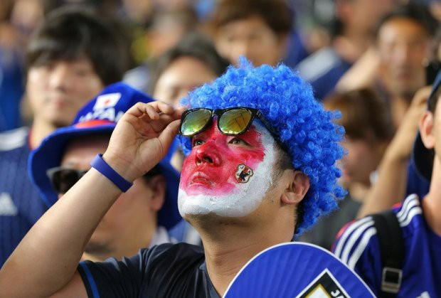 Người dân Nhật Bản đi bão, đổ ra đường ăn mừng chiến thắng gây sốc của đội nhà tại World Cup 2018 - Ảnh 6.