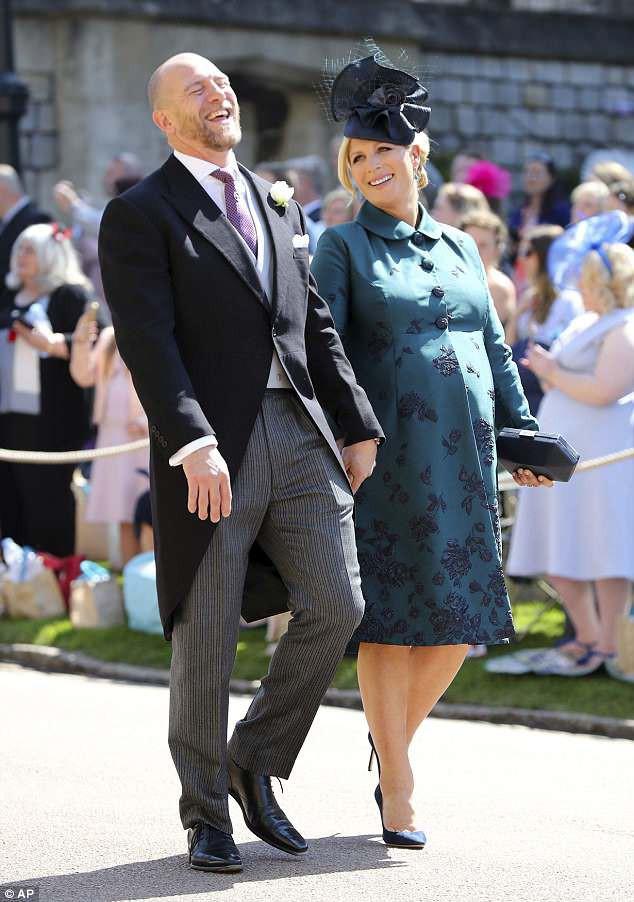 Chưa được 2 tháng tuổi, Hoàng tử Louis đã bị em gái họ mới sinh giành danh hiệu em bé nặng cân nhất Hoàng gia Anh - Ảnh 1.