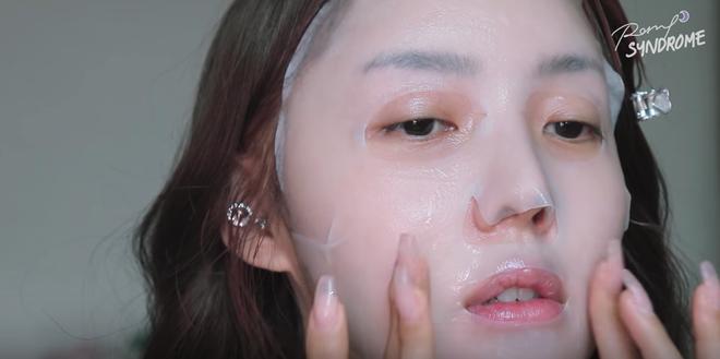 Học Phù thủy makeup xứ Hàn cách trang điểm tự nhiên giúp làm bừng sáng khuôn mặt - Ảnh 3.