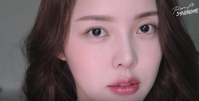 Học Phù thủy makeup xứ Hàn cách trang điểm tự nhiên giúp làm bừng sáng khuôn mặt - Ảnh 13.