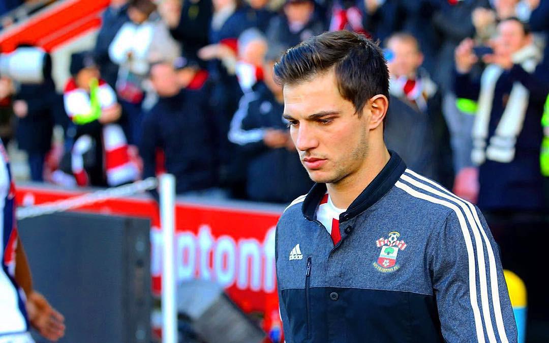 Trai đẹp tuyển Bồ Đào Nha được fan girl gọi tên không kém gì Cristiano Ronaldo - Ảnh 7.
