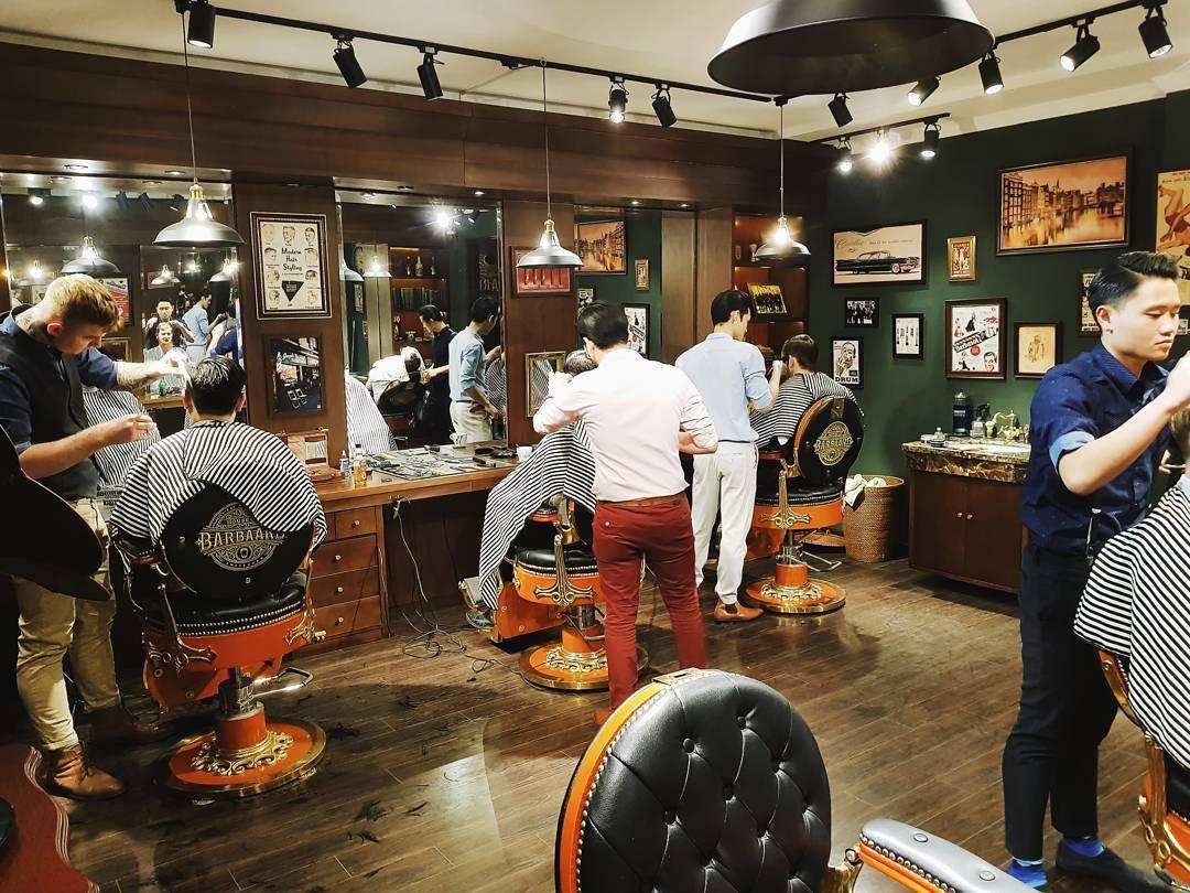 Ở Sài Gòn, nhất định phải thử ghé qua 3 tiệm này cắt tóc để trải nghiệm văn hoá quý ông - Ảnh 7.
