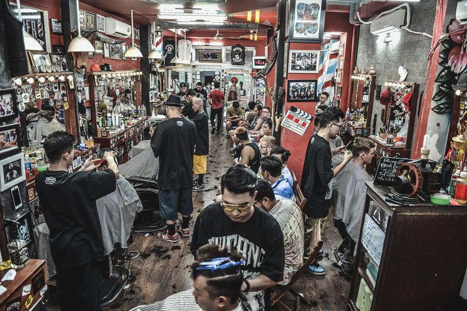 Ở Sài Gòn, nhất định phải thử ghé qua 3 tiệm này cắt tóc để trải nghiệm văn hoá quý ông - Ảnh 25.