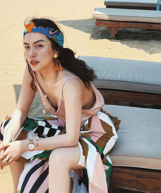 """Học nàng hot girl được ví là """"bản sao của Hà Tăng"""" cách diện đồ thanh lịch đầy thu hút - Ảnh 12."""