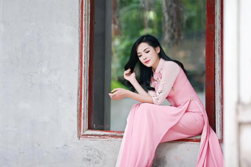 Hot girl PTTM Vũ Thanh Quỳnh trông như thế nào sau 3 năm dao kéo? - Ảnh 4.