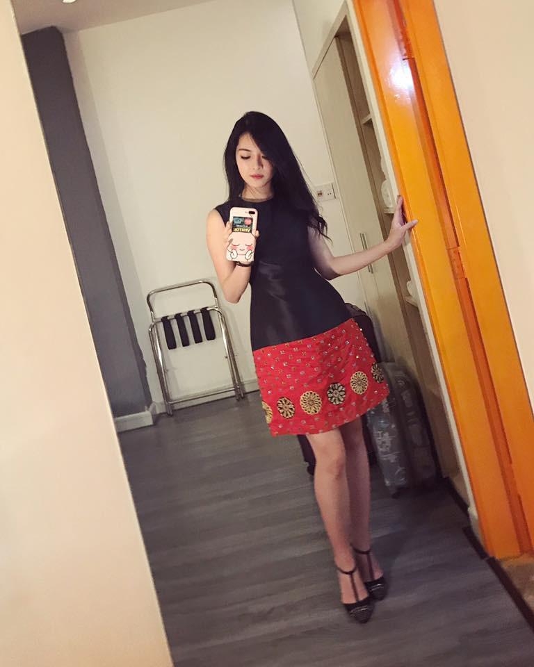 Hot girl PTTM Vũ Thanh Quỳnh trông như thế nào sau 3 năm dao kéo? - Ảnh 3.