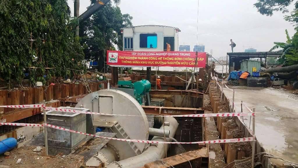 """Bị chê """"không hiểu biết về thủy động học"""", chủ siêu máy bơm chống ngập ở Sài Gòn phản bác 2"""