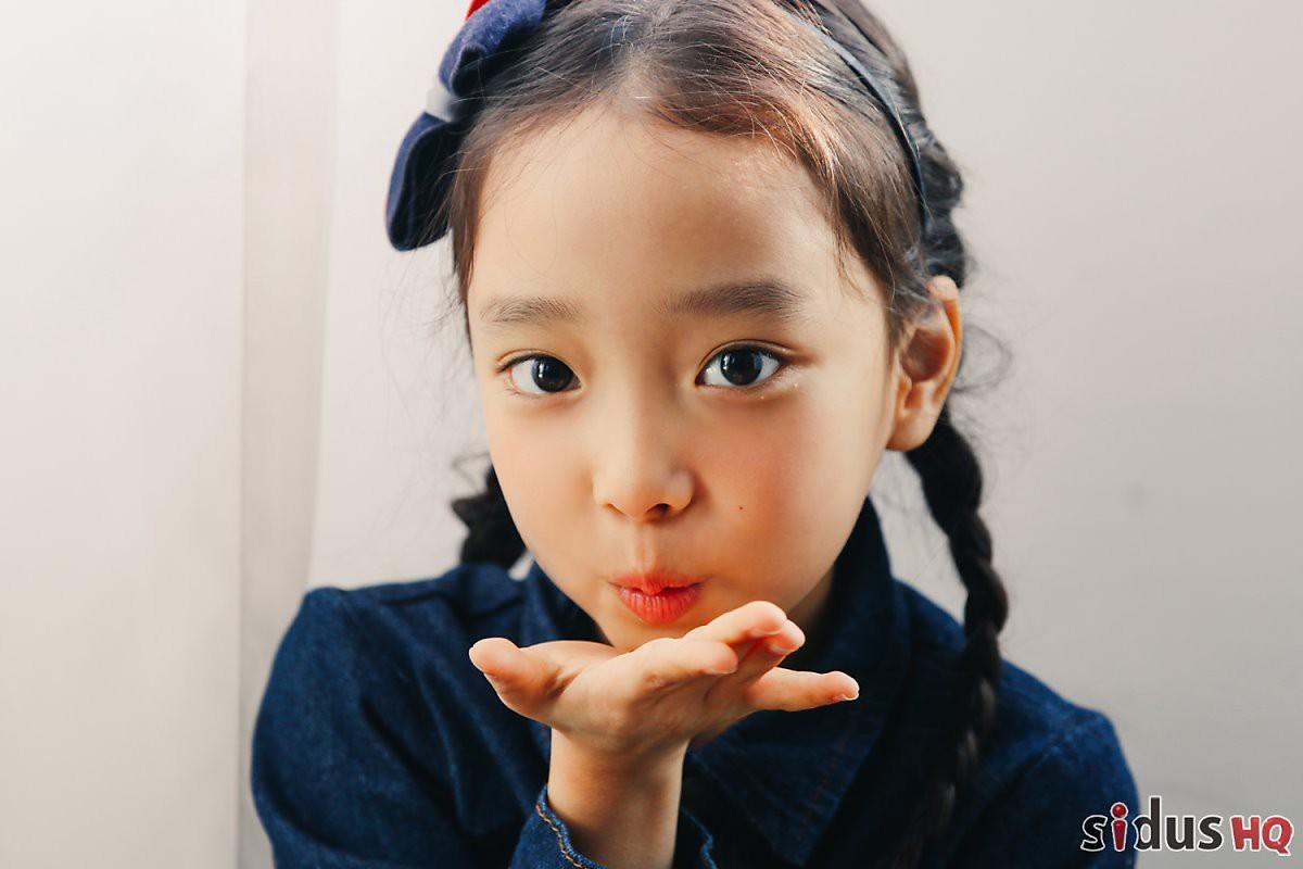 Sau 5 năm, tiểu Lee Hyori có đôi mày khó ở bỗng gây sốt vì xinh xắn không nhận ra nổi - Ảnh 7.