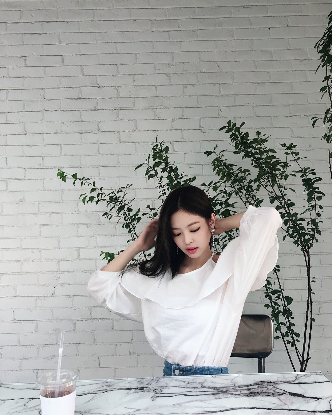Instagram mới mở được 1 tuần, ảnh của Jennie (Black Pink) có gì hot mà toàn triệu view mỗi tấm? - Ảnh 10.