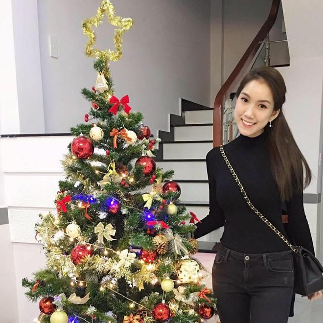 Từ cô nàng đen nhẻm, em gái Hoa hậu Thùy Lâm giờ đã là gái một con xinh đẹp rạng ngời - Ảnh 15.