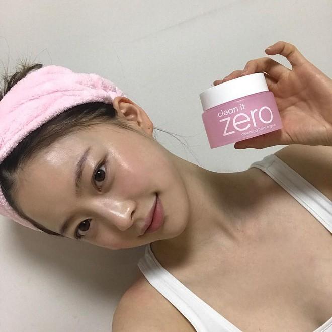 Muốn da được khỏe mạnh, trước tiên bạn phải biết làm sạch đúng cách - Ảnh 1.