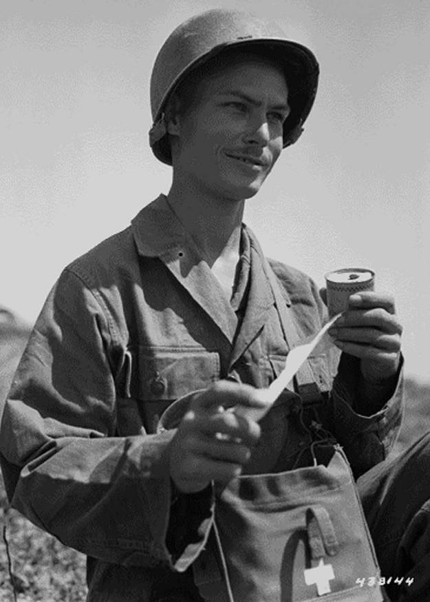 Desmony Doss: Người anh hùng ra chiến trường nhất định không cầm súng, để rồi được nhận huân chương cao quý nhất của quân đội Mỹ - Ảnh 4.