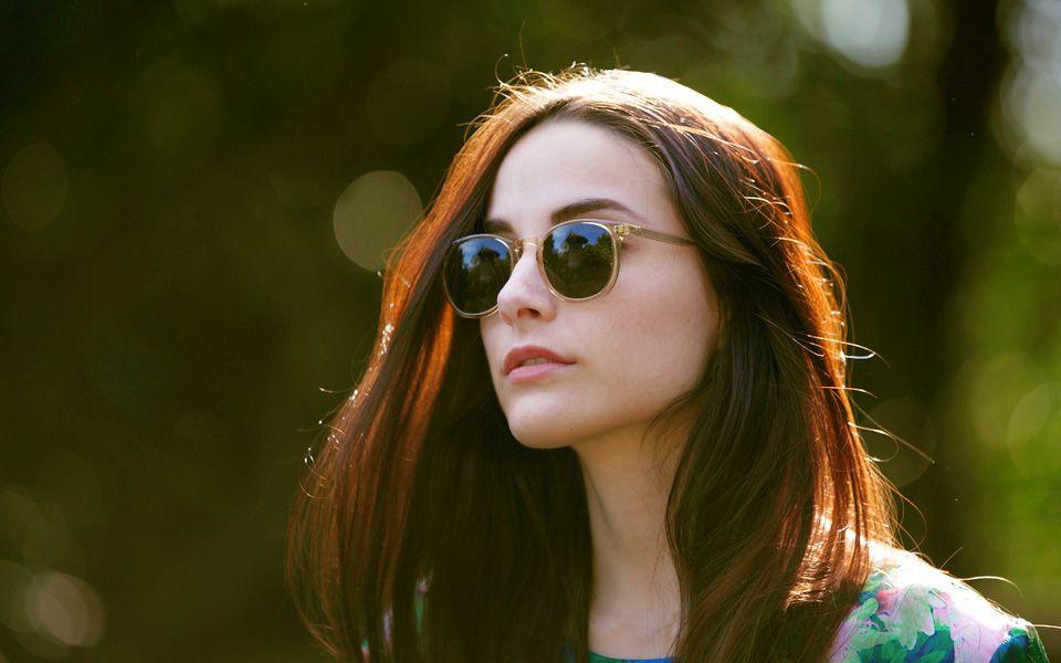 Không muốn gia nhập hội đeo kính cận thì giới trẻ cần từ bỏ ngay 5 thói quen này - Ảnh 4.