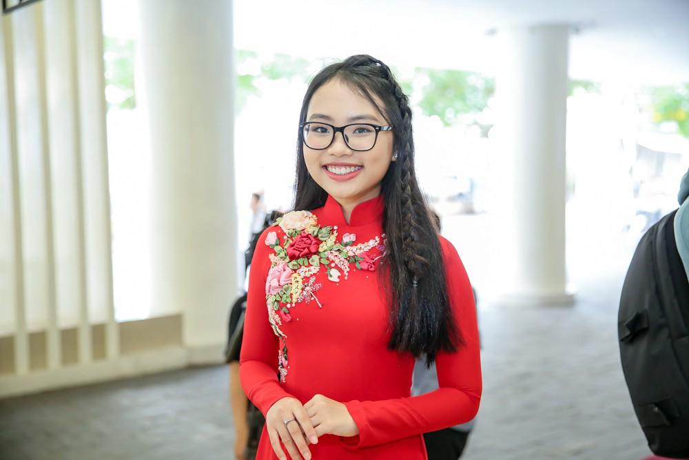 Phương Mỹ Chi xuất hiện phổng phao mừng Nam Cường tổ chức liveshow kỉ niệm 10 năm ca hát - Ảnh 2.