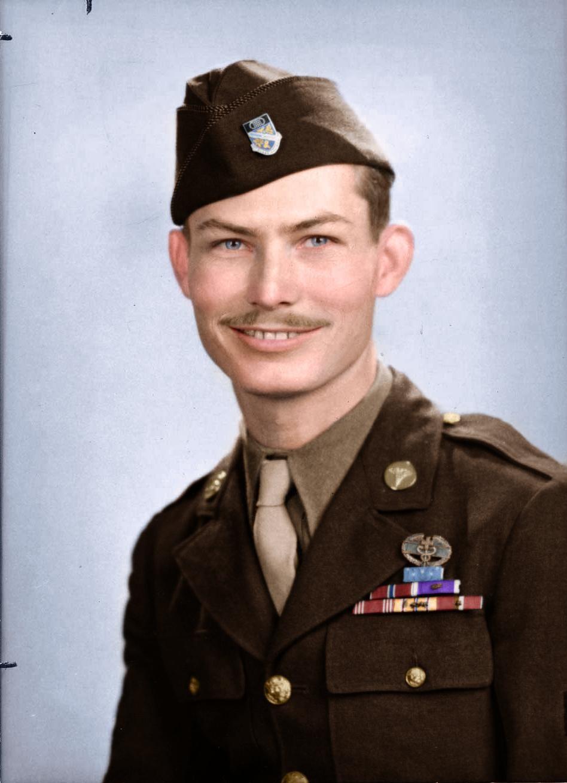 Desmony Doss: Người anh hùng ra chiến trường nhất định không cầm súng, để rồi được nhận huân chương cao quý nhất của quân đội Mỹ - Ảnh 2.