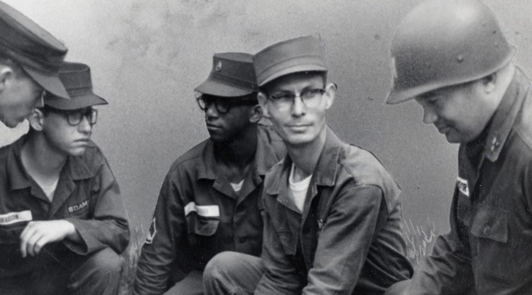 Desmony Doss: Người anh hùng ra chiến trường nhất định không cầm súng, để rồi được nhận huân chương cao quý nhất của quân đội Mỹ - Ảnh 3.