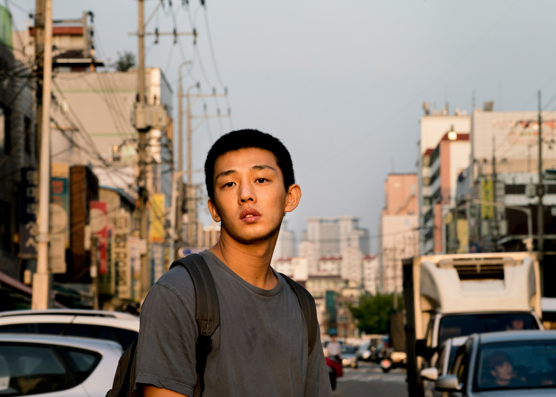 Tuyệt tác Hàn Quốc Burning: Tuổi trẻ hoang hoải và phi lý giữa xã hội hiện đại - Ảnh 2.
