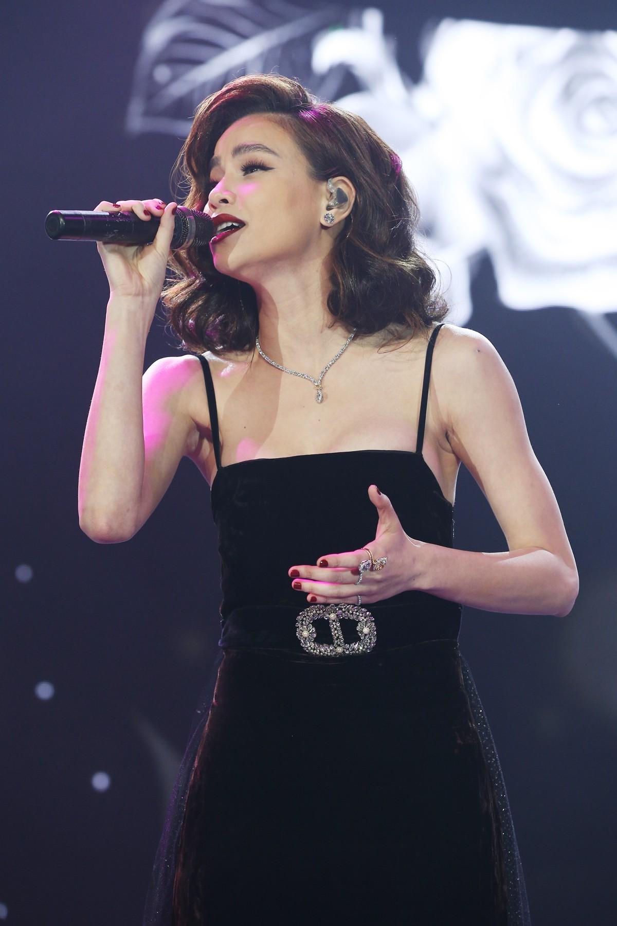 Hà Anh Tuấn tái hợp Hồ Ngọc Hà sau 4 năm, gây thổn thức khi đổi hit của nhau - Ảnh 3.