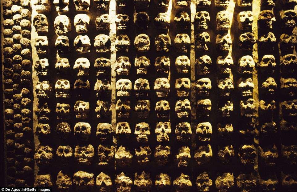 Tòa tháp xương bí ẩn ở Mexico hé lộ một khía cạnh rùng rợn khác trong nghi lễ hiến tế người của dân tộc Aztec cổ đại - Ảnh 1.
