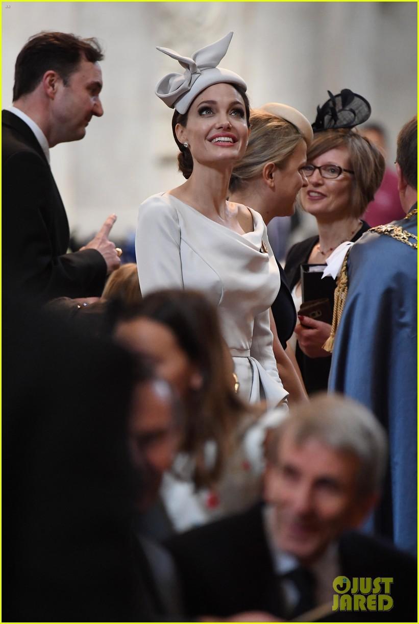 Angelina Jolie xuất hiện cực xinh đẹp và quý phái tại sự kiện của Hoàng gia Anh - Ảnh 9.