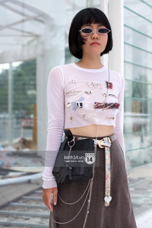 Street style 2 miền: Sài Gòn cool ngầu phá cách bao nhiêu, Hà Nội lại đơn giản nữ tính bấy nhiêu - Ảnh 8.