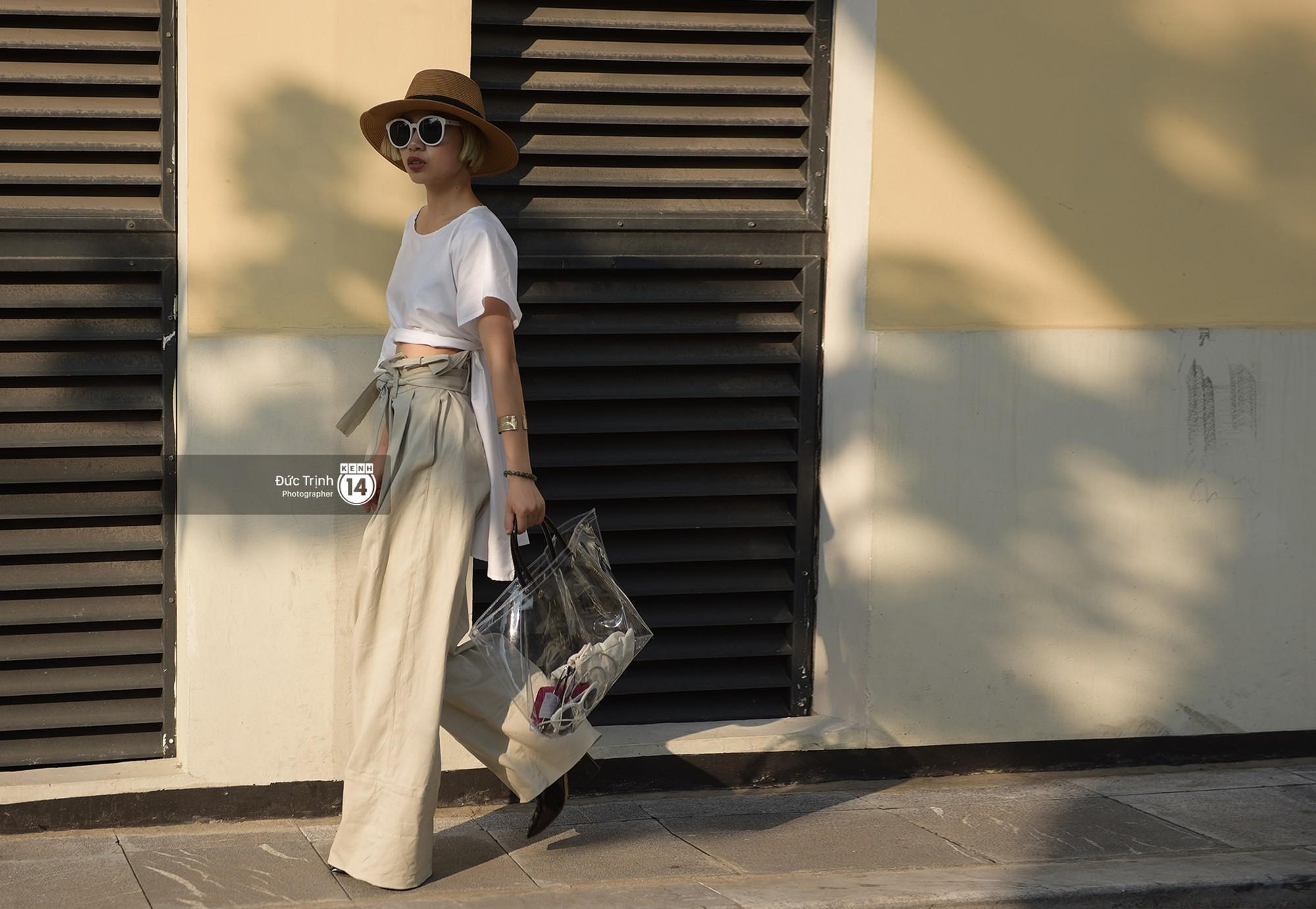 Street style 2 miền: Sài Gòn cool ngầu phá cách bao nhiêu, Hà Nội lại đơn giản nữ tính bấy nhiêu - Ảnh 13.
