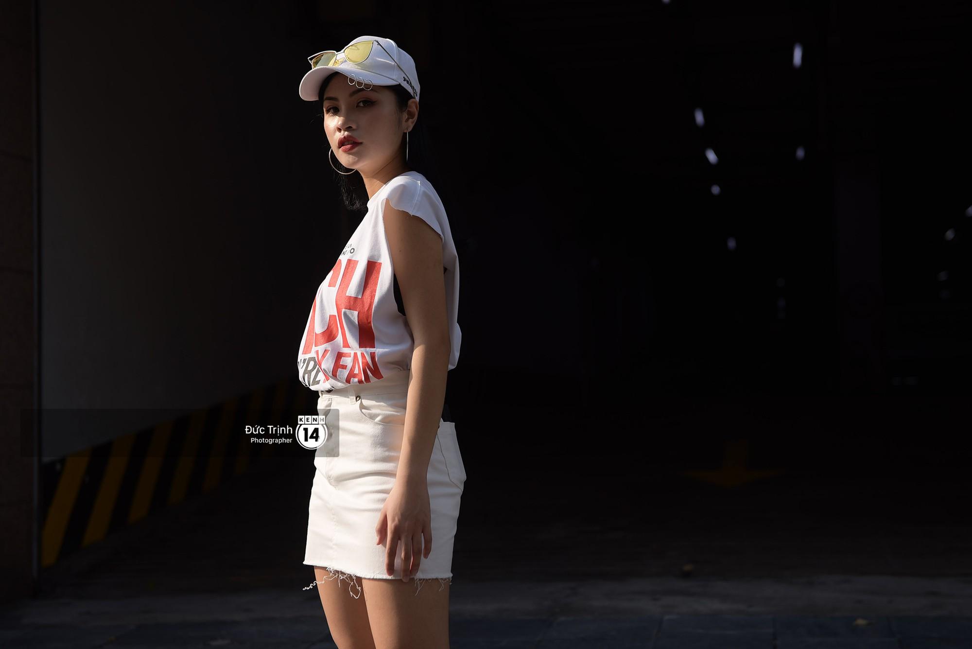 Street style 2 miền: Sài Gòn cool ngầu phá cách bao nhiêu, Hà Nội lại đơn giản nữ tính bấy nhiêu - Ảnh 12.