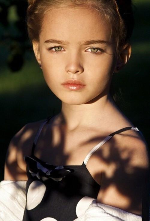 5 bé gái từng được mệnh danh là xinh đẹp nhất thế giới bây giờ ra sao? - Ảnh 6.
