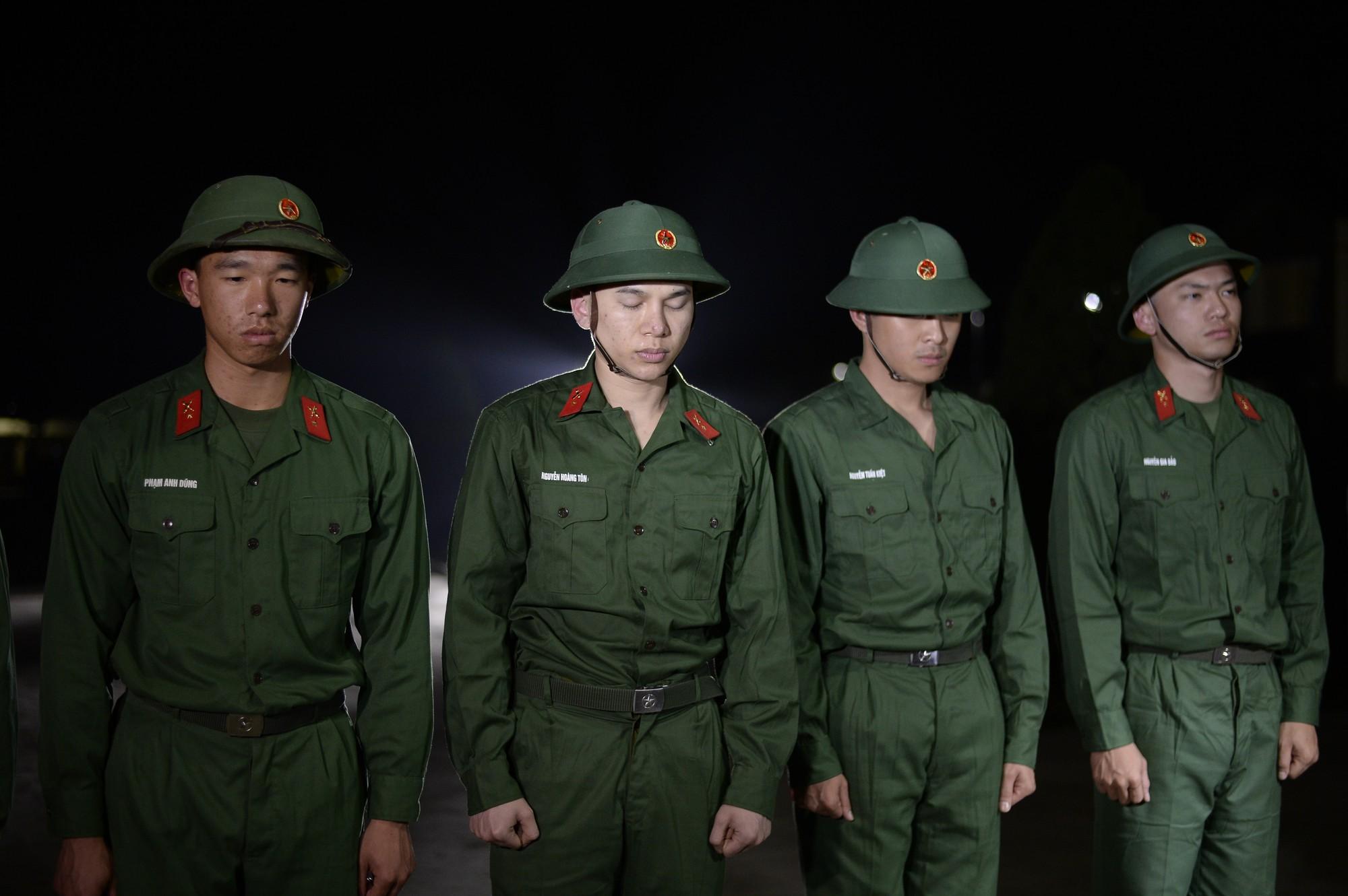 Sao nhập ngũ: Gin Tuấn Kiệt, Hoàng Tôn khiến đồng đội mất ngủ chỉ vì quên mang... vớ - Ảnh 5.