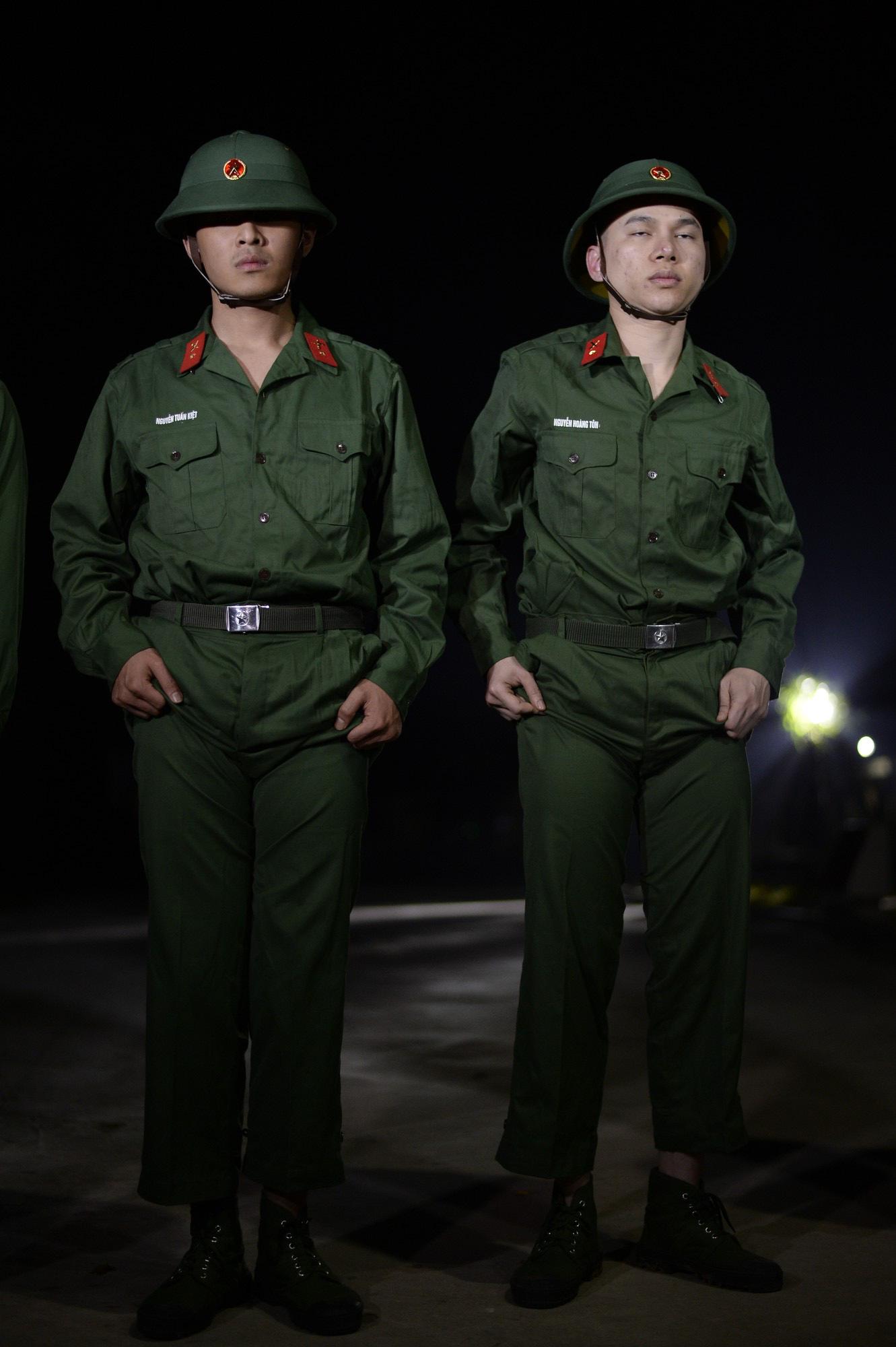 Sao nhập ngũ: Gin Tuấn Kiệt, Hoàng Tôn khiến đồng đội mất ngủ chỉ vì quên mang... vớ - Ảnh 7.