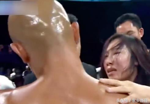 Những lần thảm bại đáng xấu hổ của cao thủ Thiếu Lâm Yi Long - Ảnh 8.